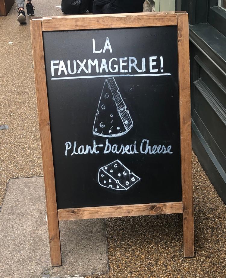 Street sign for La Fauxmangerie